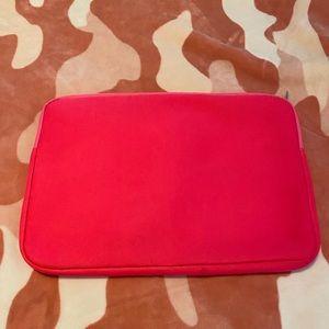 PINK Victoria's Secret Accessories - Laptop Case